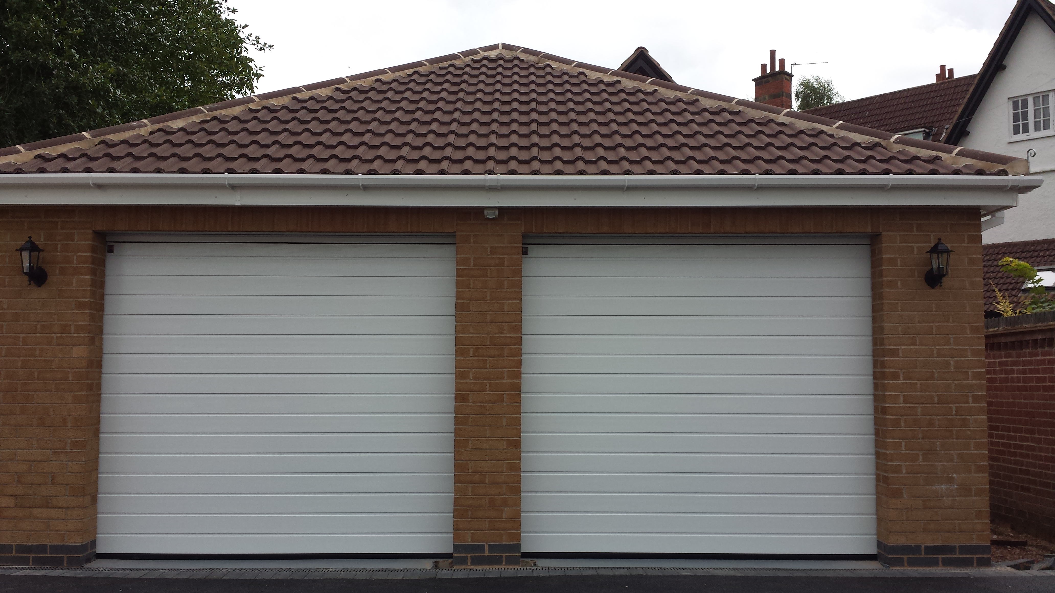 Sectional Garage Doors Charnwood Queniborough Leicester Quorn Loughborough